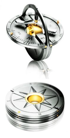 Meister Compass Pendant