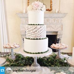 By far my favorite collaboration so far... with the incredibly talented @earthandsugar! #Repost with @repostapp. ・・・ this calligraphy by Minted and West Elm artist @artsycanvasgirl // grooms poem to his bride with @anthologyco @unearthedvintage @melaniegabrielle @billhansencatering #calligraphy #art #fondant #weddingcake #artsycanvasgirl