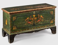 Diminutive dower chest Mahantongo Valley, Pennsylvania, c 1840 Private collection Painted Trunk, Painted Chest, Painted Boxes, Hand Painted Furniture, Paint Furniture, Primitive Furniture, Primitive Antiques, Country Furniture, Antique Furniture