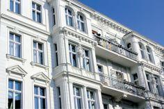 Studie: Wohnimmobilien schlagen DAX, MSCI World und REX - http://www.exklusiv-immobilien-berlin.de/immobilienerwerb/studie-wohnimmobilien-schlagen-dax-msci-world-und-rex/007537/