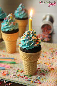 Chocolate Malted Cupcakes #cupcakes #cupcakeideas #cupcakerecipes #food #yummy #sweet #delicious #cupcake
