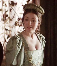 Dinastia Tudor, Mary Tudor, Mary I Of England, Queen Of England, Tudor Fashion, Fashion Tv, Jessica Alba Dress, Charles Brandon, Sarah Bolger