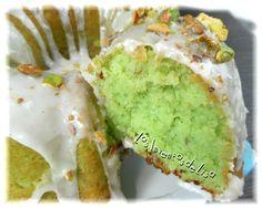 Comida Boricua, Avocado Toast, Dairy Free, Cake Recipes, Pistachio, Cheesecake, Deserts, Cupcakes, Lisa