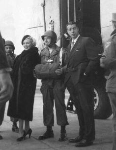 #Marilynettes ~Marilyn Monroe and Joe DiMaggio at Kyushu, Japan. [February 8, 1954]
