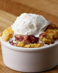 Easy Slow Cooker Cranberry Apple Pie Cobbler   Easy Slow Cooker Cranberry Apple Pie Cobbler