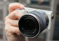 Sony Alpha NEX-5R review: When it's good, it's very, very good