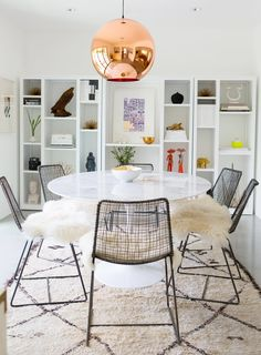 Modern dining room sets for your home design is the theme today! See, when you are about to decorate your dining room you have to think about the style which.