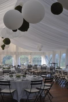 Inside Diner - Marquee - Plan B - Wedding South of France
