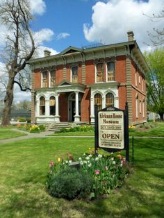 The Kirkman House Museum was finished in 1880. It is an example or Italianate architecture during the Victorian era in Walla Walla, WA Kirkmanhousemuseum.org
