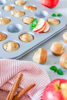 Mini Muffins mit Apfel