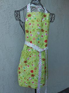 Apron with bright green colors for the holidays reversible to multi colored polka dots