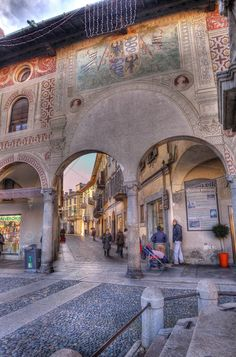 vigevano italy - Google Search Italy Landscape, Landscape Art, Where To Go, Belle, Architecture, Common Ground, Beautiful, Roots, Renaissance