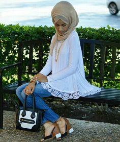 Jaserah super super cute hijabi white lace top sandals nude hijab jeans black and white bag