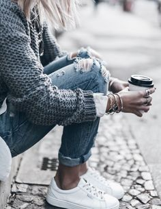 fall fashion heavy knit ripped denim