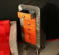 Chevet métal tiroir