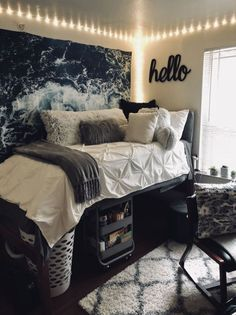 am so obsessed with these college dorm room ideas. I am totally copying these . - Einrichtung - I am so obsessed with these college dorm room ideas. I am totally copying these . - Einrichtung - cute dorm room ideas that you need to copy right now 20 College Bedroom Decor, Teenage Room Decor, Room Ideas Bedroom, Doorm Room Ideas, Dorm Room Ideas For Girls, College Dorm Decorations, College Dorm Rooms, Decor Room, Dorms Decor