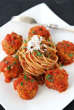 "Cannellini Bean Vegetarian ""Meatballs"" with Tomato Sauce from www.kalynskitchen.com. #MeatlessMonday"