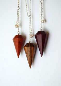 Lucie Veilleux via Etsy // zebra wood diamond pendant