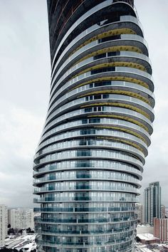 MAD completes the Absolute Towers in Mississauga