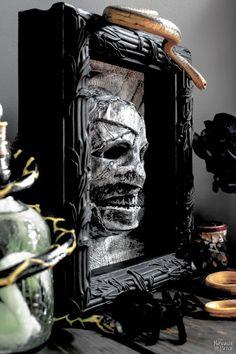 Dollar Store Halloween Mummy Decor - The Navage Patch Halloween 2018, Halloween Town, Holidays Halloween, Easy Halloween, Halloween Crafts, Dollar Store Halloween, Dollar Store Crafts, Dollar Stores, Ancient Egypt Crafts