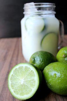 La quiero hacer cuando consiga leche condensada. Brazilian Lemonade -  segun que es: one of the best drinks you will ever try in your entire life. Hands down.