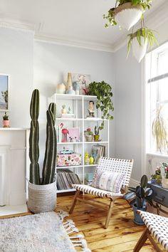 cute corner shelfie