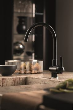 Countertop kitchen mixer tap with swivel spout MARVEL Loft Kitchen, Kitchen Dining, Dining Room, Kitchen Mixer Taps, Kitchen Collection, Countertops, Marvel, Accessories, Design