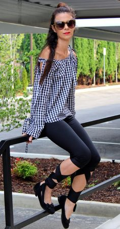 The gingham plus the cold shoulder tie sleeves makes the top really trendy. And, what's not to love on the ballerina tie leggings? Dressy Outfits, Chic Outfits, Casual Wear, Indie Hipster, Rock Chick, Rapunzel, Cute Fashion, Gingham, Nice Dresses