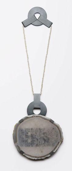 Ute Eitzenhöfer Neckpiece: Behind, 2013 Rock crystal (clear quartz) with agate border, Makrolon®, Keshi pearls, 925 silver, sulphured, pla...