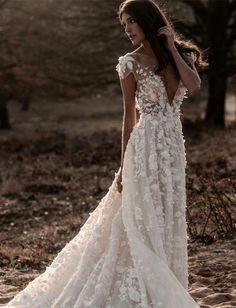 Sexy Deep V-Neck Backless Lace Big Pendulum Evening Dress – Owily wedding gown Sexy Deep V-Neck Backless Lace Big Pendulum Evening Dress Western Wedding Dresses, Boho Wedding Dress, Bridal Dresses, October Wedding Dresses, Fall Wedding Gowns, A Line Bridal Gowns, Chic Wedding, Illusion Dress, Long Sleeve Wedding
