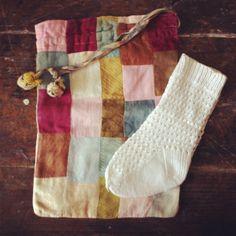 taleigo e meias by Rosa Pomar, via Flickr