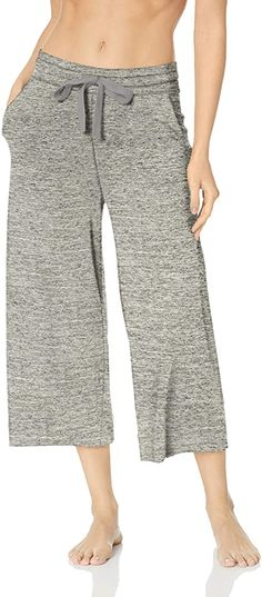 Amazon Brand - Mae Women's Standard Supersoft French Terry Cropped Lounge Pant, heather grey, Medium: Amazon.ca: Clothing & Accessories Lounge Pants, Lounge Wear, Out To Lunch, Outdoor Yoga, French Terry, Cropped Pants, Heather Grey, Women's Loungewear, Pajama Pants