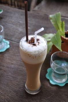 25+ Iced Coffee Recipes. Classic recipes, sweet/specialty recipes (coconut, cinnamon? oooh), seasonal recipes (pumpkin, mmm!), international recipes, blended drinks, and alcoholic iced coffee recipes. So many to try!