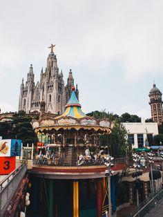 In unserem Barcelona City Guide verraten wir euch unsere Highlights in der Stadt der bunten Parks, gastfreundlichen Menschen und schönen Strände Barcelona, Highlights, Big Ben, Parks, Building, Travel, Travel Report, Sustainability, City