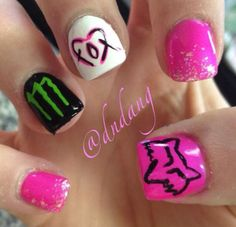 Cute Fox and Monster nails for people who like fox and moster Fox Racing Nails, Fox Nails, Monster Energy Nails, Monster Nails, Cute Nails, Pretty Nails, Hunting Nails, Band Nails, Country Nails