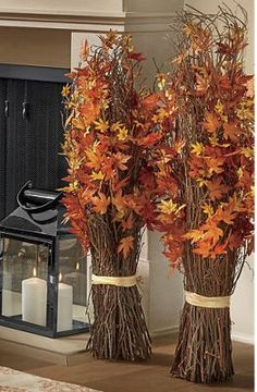 Herbst Veranda dekorieren - Fall decor ideas for the porch - Autumn Decorating, Porch Decorating, Decorating Ideas, Thanksgiving Decorations, Seasonal Decor, Deco Haloween, Deco Floral, Floral Arch, Christmas Porch