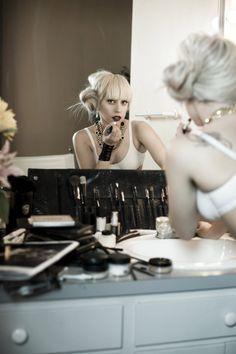 169489b62a8b Lady Gaga - I love her w blonde hair n bangs - makes me wanna go