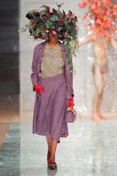 Portugal Fashion REFLECTOR | Winter 2016 – Teresa Martins