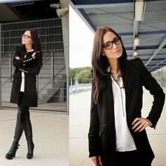 Business Woman - Julia Klabuhn