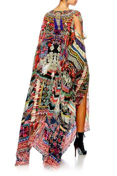 The Sound Of Silver Split Front & Sleeve Kaftan is luxuriously fashioned in pure silk with a print influenced by Miao women\