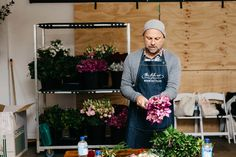 Floral Styling with The Style Co.: HOORAY! magazine | Photography by Hails & Shine