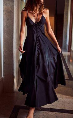 Sabelle Sleeveless Maxi Dress By Alexis | Moda Operandi Gauze Dress, Halter Maxi Dresses, Beautiful Gowns, Designing Women, Fashion Outfits, Women's Fashion, Fashion Design, Pocket, Lineup
