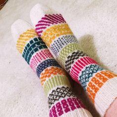 Knitting Socks, Crocheting, Knit Crochet, Diy, Template, Tricot, Knit Socks, Crochet, Bricolage