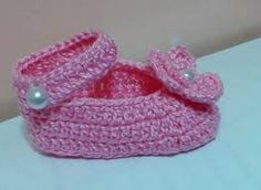 Resultado de imagem para pinterest sapatinhos trico para bebe passo a passo