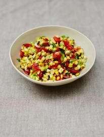 This corn salsa recipe from Jamie Oliver really is a crowd-pleaser. Sweetcorn is so kid-friendly and this corn salsa is a sure-fire winner with little ones. Delicious Vegan Recipes, Vegetarian Recipes, Cooking Recipes, Healthy Recipes, Free Recipes, Easy Recipes, Healthy Food, Snacks Recipes, Vegan Snacks