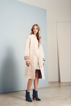 http://www.style.com/slideshows/fashion-shows/pre-fall-2015/see-by-chloe/collection/21