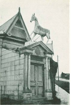 Whitehorse Hotel cnr Elgar and Whitehorse rd
