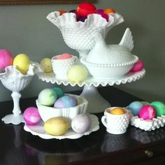 Easter Decorating with Milk Glass - great idea for staging on buffet or hutch! Easter Crafts, Easter Ideas, Easter Decor, Easter Centerpiece, Centerpieces, Fenton Milk Glass, Easter Table, Easter Eggs, Vintage Glassware