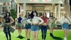 Check out Twice @ Iomoio Nayeon, Dance Videos, Music Videos, Twice Video, Kpop Gifs, Signal Twice, Twice Songs, Dance Kpop, Eunji Apink