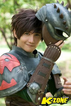 Hiccup Cosplay How to Train Your Dragon 2 by liui-aquino on DeviantArt Cosplay Diy, Disney Cosplay, Cosplay Outfits, Best Cosplay, Cosplay Costumes, Awesome Cosplay, Spyro The Dragon, Dragon 2, How To Train Your